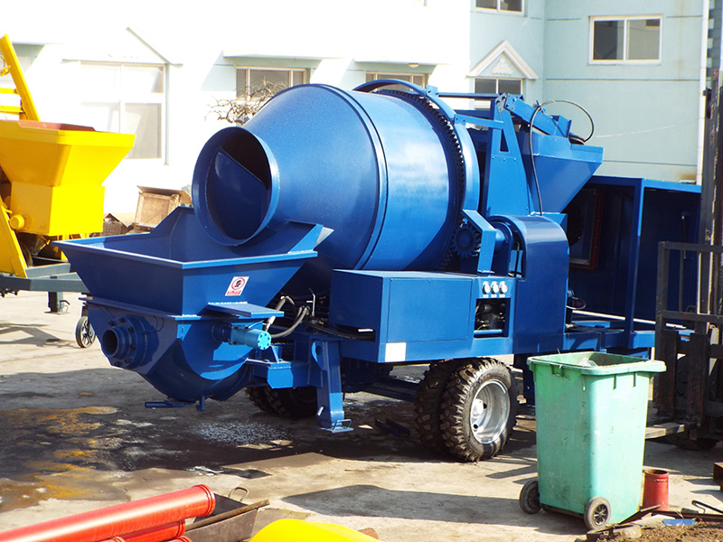 diesel concrete mixer with pumps