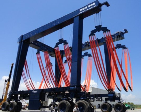 High Quality 900 Ton Travel Lift for Sale